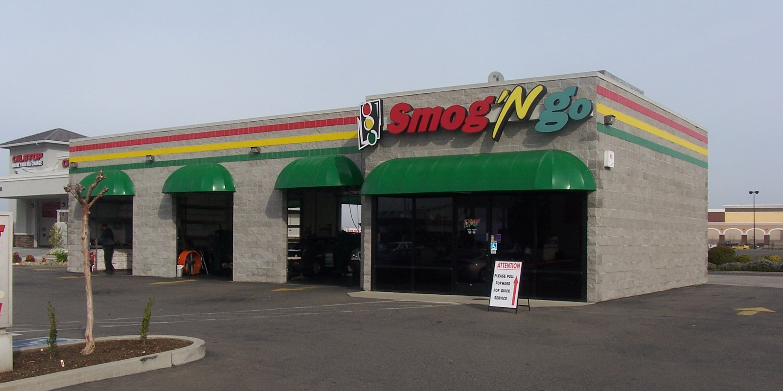 Smog 'N Go in Elk Grove at Calvine and 99